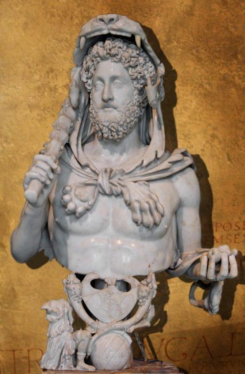 Скульптура Коммод в костюме Геракла, конец II века