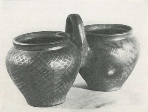 А. Г. Токаревский. Сдвоенные горшки «близнята». 1978
