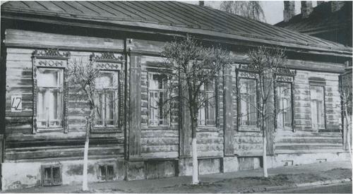 Дом по улице Энгельса 42