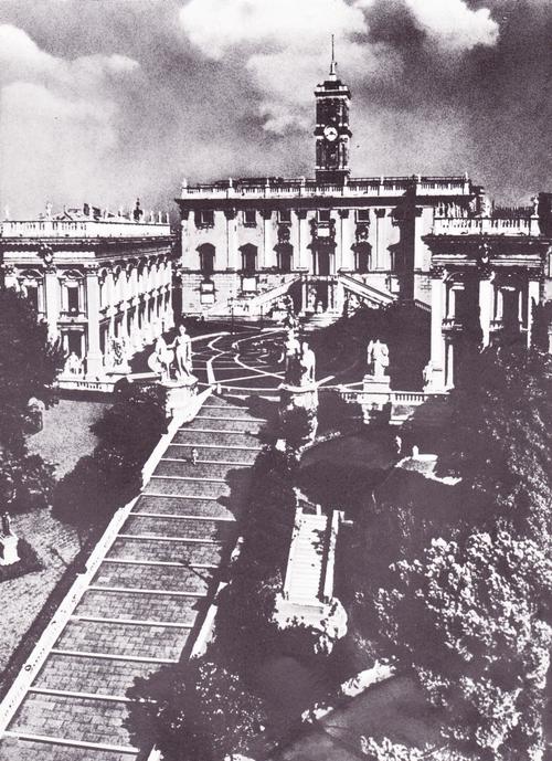 Общий вид архитектурного ансамбля площади Капитолия в Риме.