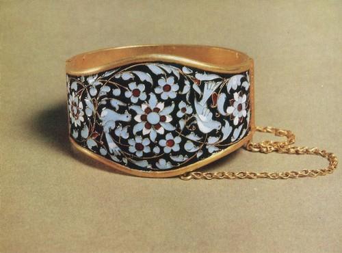Браслет, серебро, перегородчатая эмаль. Мастер Г.Б. Магомедов. Даргинцы 1960