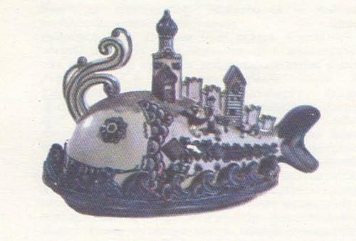Л. Азарова. Шкатулка «Рыба-кит». 1971.