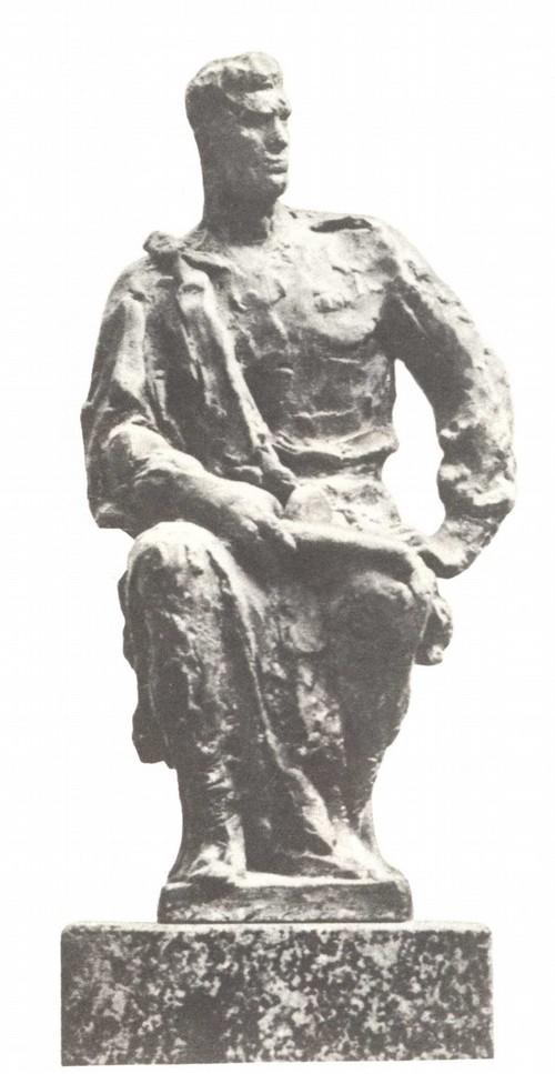 М. Аникушин, Воин-победитель. Эскиз дипломной работы. Гипс тонированный. 1946.