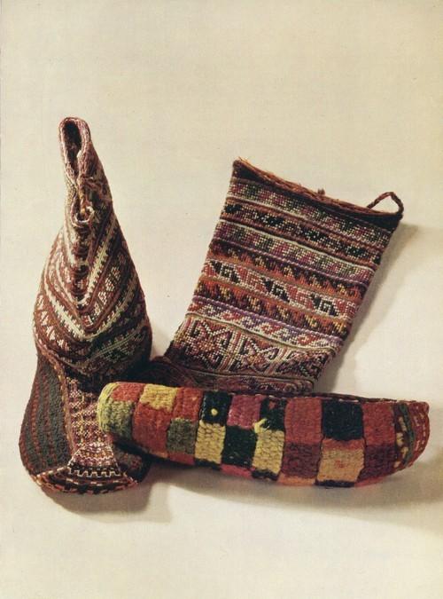 Обувь. Узорное вязание, вышивка. Аварцы. 1950