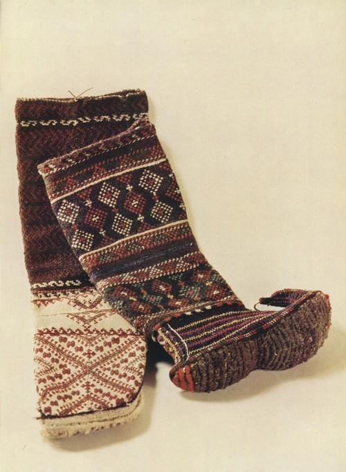Обувь. Шерсть, узорное вязание, вышивка. Аварцы. 1954