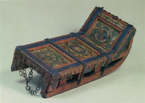 Санки для катания на масленице Пермогорская роспись. Вторая половина 19 века