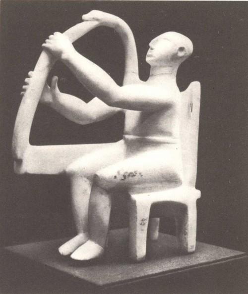 Статуэтка арфиста. Киклады. Мрамор. Около 3200—2700 гг. до н. э.