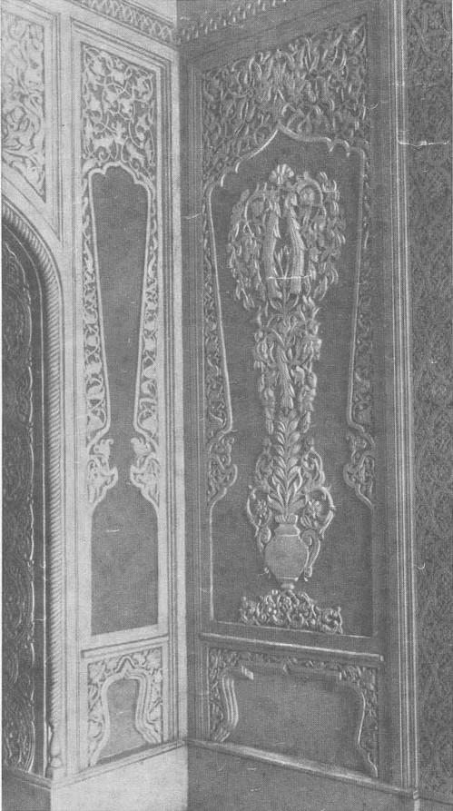 Ташкентский театр оперы и балета имени Алишера Навои. Фрагмент украшения фойе. 1947.