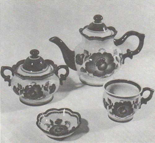 Т. Дунашова. Чайный набор. 1975.