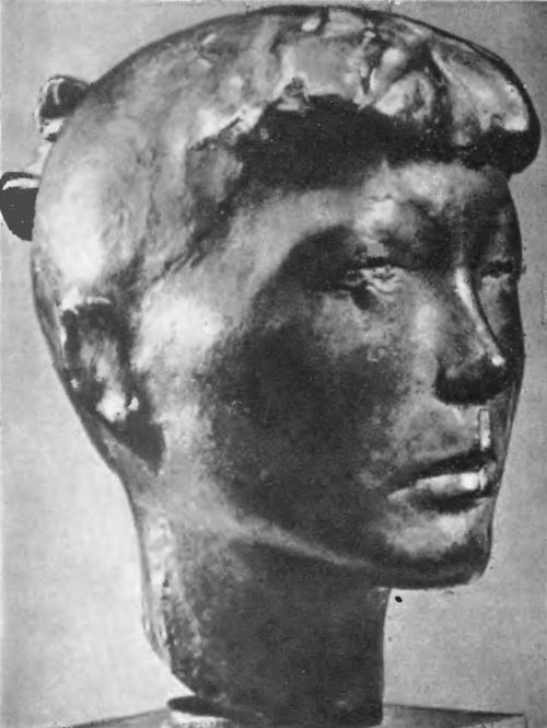 В. Петрич. Портрет Шане Лукич. Бронза. 1955. И. Саболич. Портрет по эта М. Ф. Бронза. 1956.