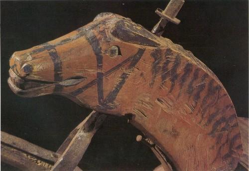 Абрамов С. М. Деталь велосипеда, голова коня. Первая половина XIX в. Ильинский р-н, д. Тихоновщина.