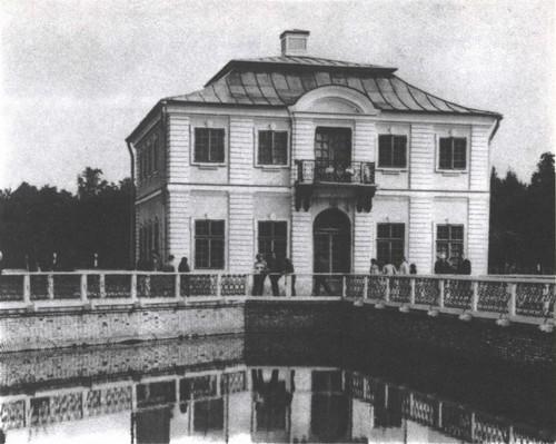 И. Браунштейн. Дворец Марли. 1720-1723