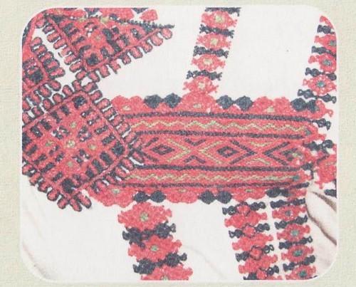 Фрагмент вышивки оплечья эрзянской рубахи. Начало XX в. Республика Мордовия, Кочкуровский район