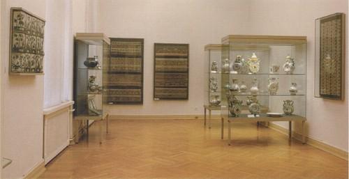 Зал III Народное искусство XVIII — начало XIX века.