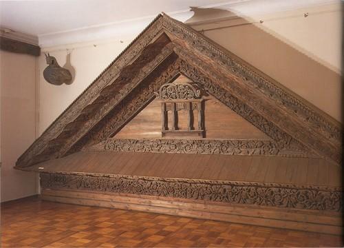 Фронтон дома Максимовых. 1888, село Волки, Нижегородская губерния.