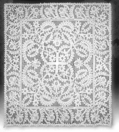 Пелена, конец XVIII века из Спасо-Прилутского монастыря
