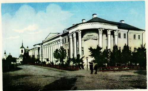 Старая духовная семинария в Саратове
